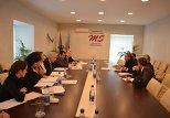 Встреча председателя Совета прессы Азербайджана Афлатуна Амашова с делегацией Венецианской комиссии Совета Европы во главе с Хердисом Торгеисдоттиром