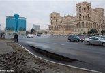 Два инцидента с обрушением произошли в Баку после дождя