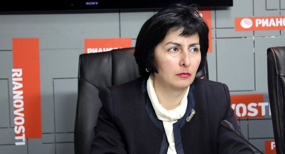 Firdovsiyə Əhmədova tarixçi