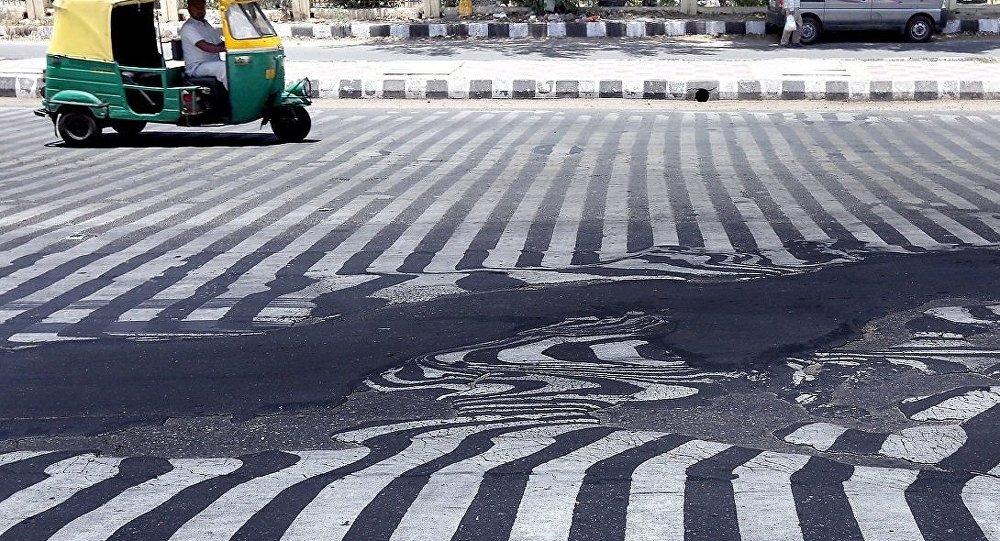 Hindistanda istilər asfaltı əridir