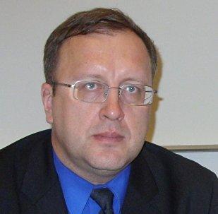 Доктор экономических наук, профессор факультета международных отношений Санкт-Петербургского государственного университета Станислав Ткаченко