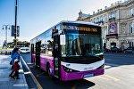 100 saylı marşrut avtobusu