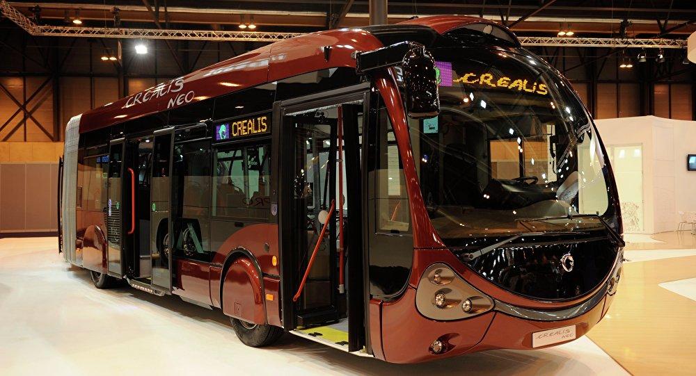 автобус марки Iveco Crealis