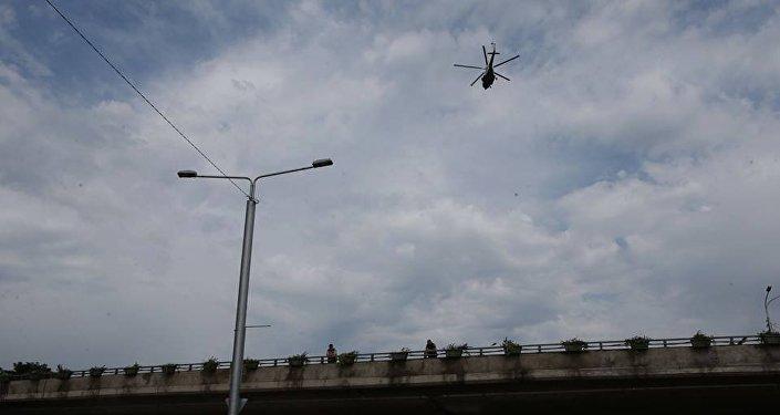 Tiflis daşqınlar helikopter