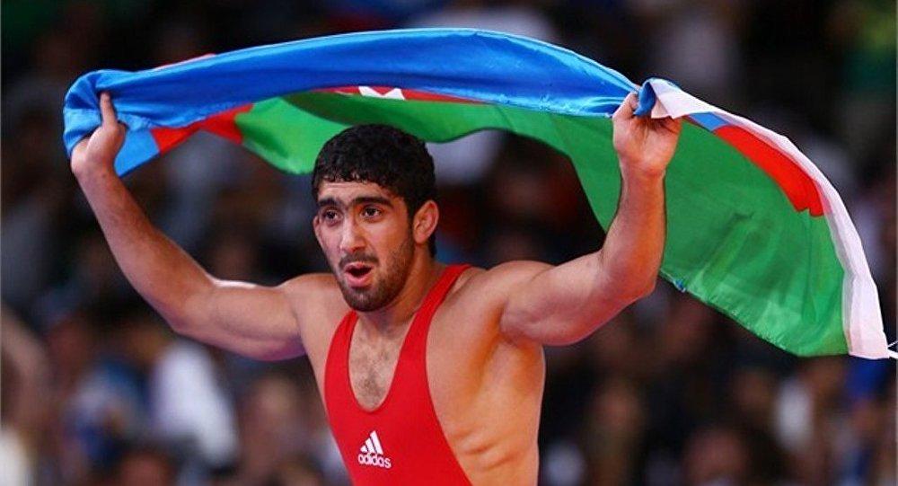 Азербайджанский борец Тогрул Аскеров