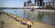 Пляж в столице Казахстана
