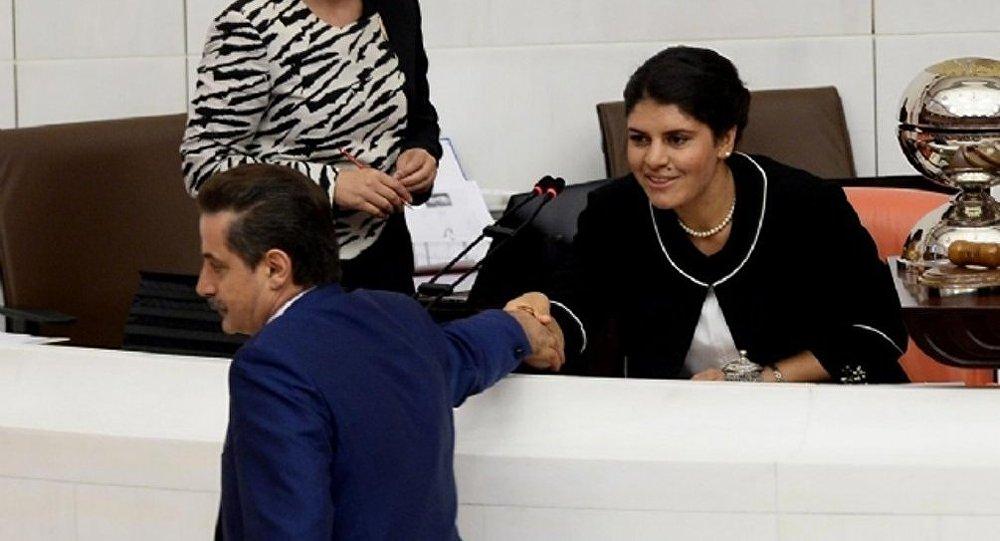 Dilek Öcalan - TBMM millət vəkili