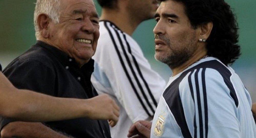 Dieqo Maradona və atası