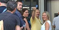 Греки снимали наличные с карт после объявления о временном закрытии банков
