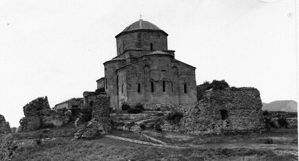 Джвари — грузинский монастырь и храм
