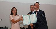 Церемония вручения дипломов выпускникам Бакинского филиала МГУ