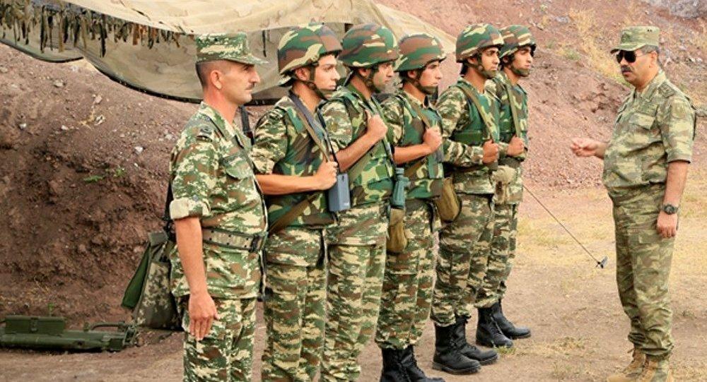 Министр обороны Азербайджана, генерал-полковник Закир Гасанов