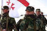 Грузинские военнослужащие перед отправкой в Ирак