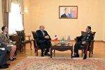 Министр обороны Азербайджана с послом Франции в Азербайджане