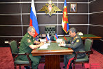 Министры обороны России и Азербайджана обсудили военное сотрудничество