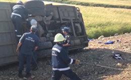 Первые кадры с места ДТП в Хабаровском крае, где погибли не менее 16 человек