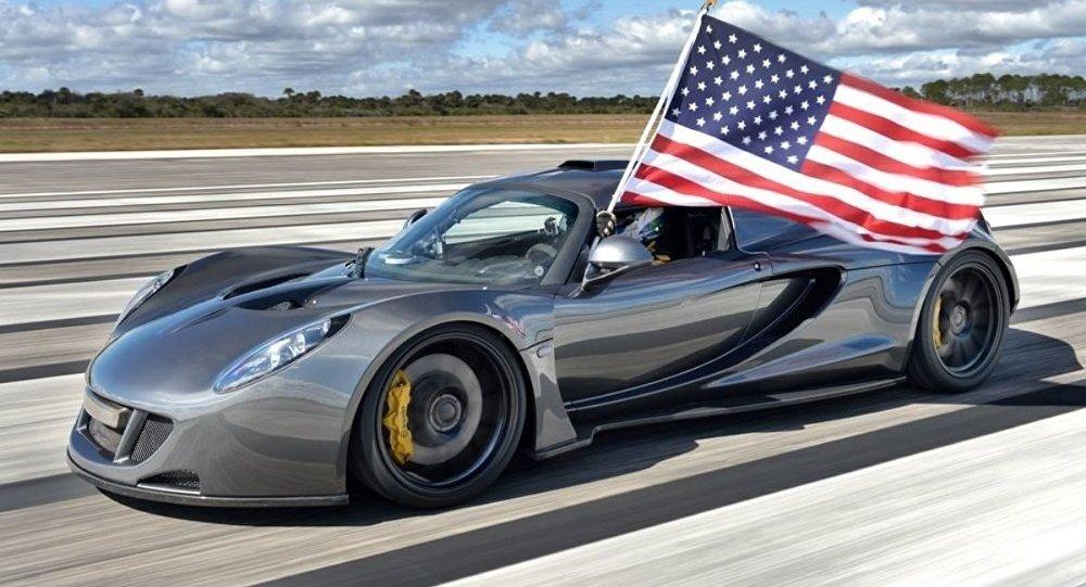 суперкар Venom GT