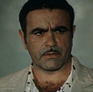 Легендарный азербайджанский актер театра и кино, народный артист Мухтар Маниев