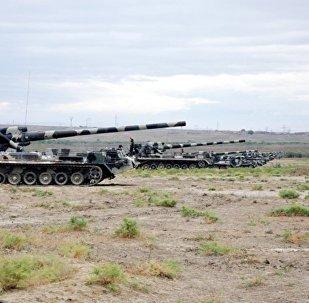 Raket və Artilleriya Qoşunlarının döyüş atışlı təlimləri