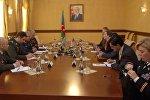 Командующий ВВС Азербайджана Рамиз Таиров  встретился с заместителем помощника министра обороны США Эвелин Фаркас