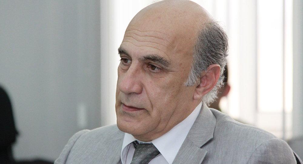 Политолог Фикрет Садыхов