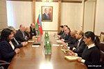 Встреча главы МИД Азербайджана Эльмара Мамедъярова с делегацией межпарламентской группы дружбы Австралия-Азербайджан.