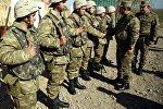 Azərbaycanın müdafiə naziri Zakir Həsənov cəbhəboyu zonada yerləşən hərbi hissələrdə