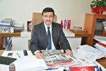 Yaşar Hacısalehoğlu - Türkiyənin Yeni Yüzyıl Universitetinin Siyasi elmlər və Beynəlxalq əlaqələr üzrə professoru