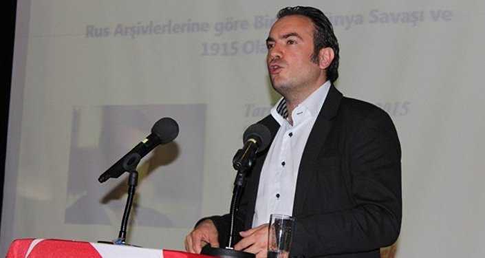 Mehmet Perinçek - Türkiyəli politoloq