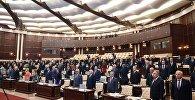 Президент Ильхам Алиев на первом заседании Милли Меджлиса (парламента) пятого созыва