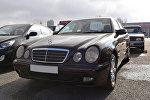 Satışa qoyulmuş Mercedes Benz markalı avtomobil. Arxiv şəkli