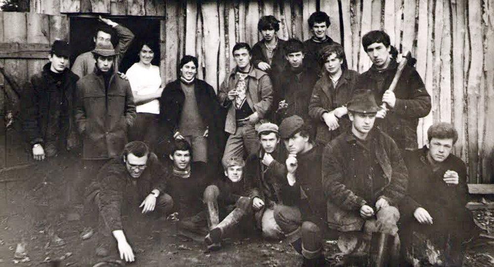 В строительном отряде после поступления на юрфак в 1970 г.