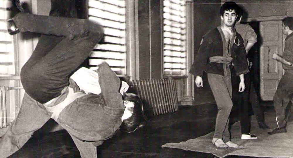 ЛГУ год 1971. Юрфак. На занятиях по самбо с В. Путиным.