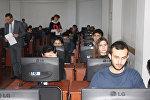 Представители «общественного контроля» наблюдают за ходом экзаменов