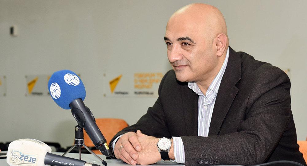 Политолог Тофиг Аббасов