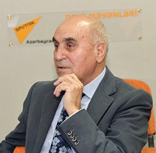 Politoloq Rasim Ağayev