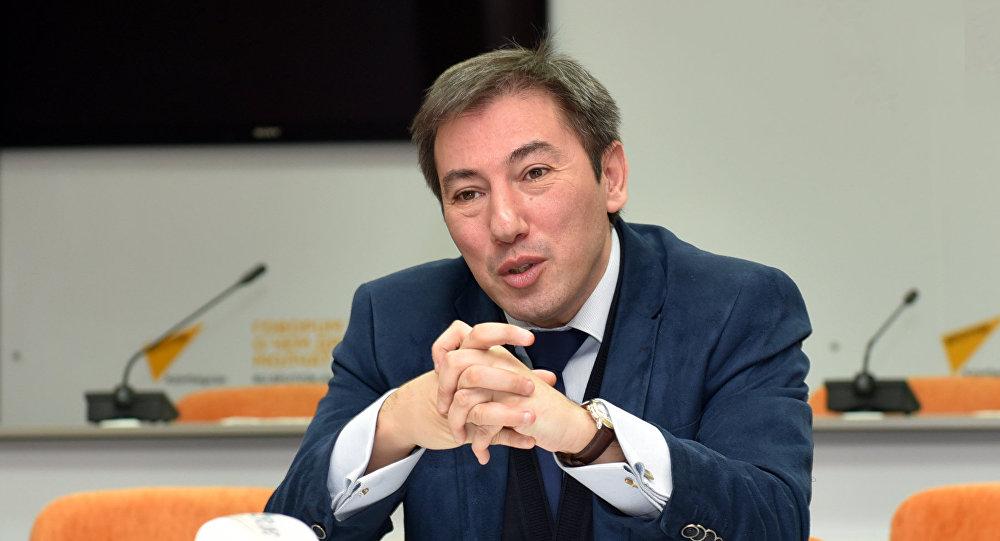 Image result for politoloq İlqar Vəlizadə