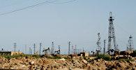 Нефтяные вышки в Баку. Архивное фото