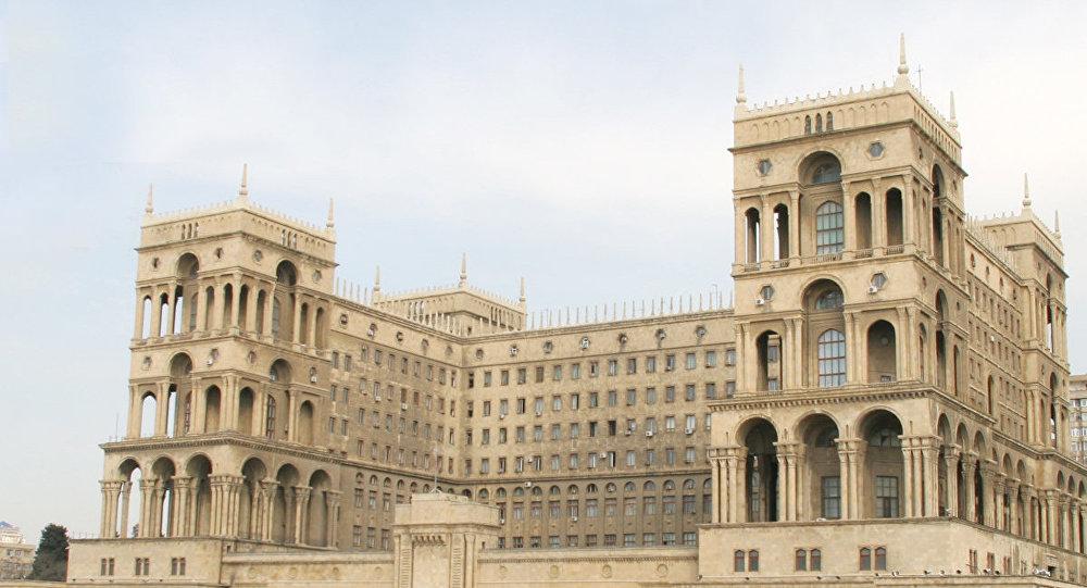Hakimiyyətdən şok tələb: dövləti borca salan məmurlar milyonları qaytarsın - Özəl siyahı