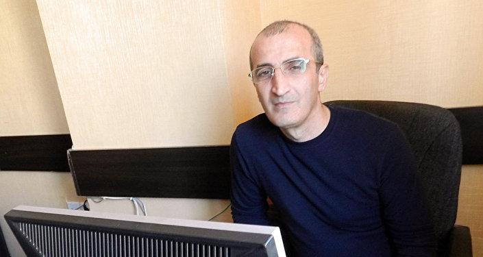 İqtisadçi - ekspert Qadir İbrahimli