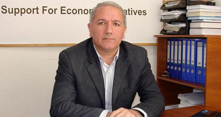 İqtisadtçi - ekspert Azər Mehtiyev