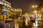 Мокрый снег в Баку, фото из архива
