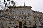 Здание Азербайджанского Государственного Экономического Университета