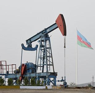 Нефтяной насос в Баку. Архивное фото