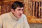 Cahangir Qurbanov, əməkdar artist, Opera və Balet Teatrının solisti