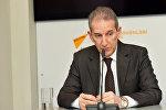 Расим Саттарзаде в пресс-центре агентства Sputnik