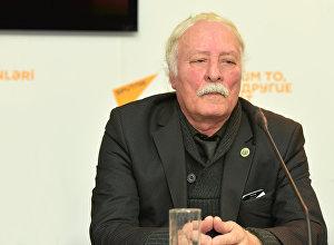 Тельман Зейналов в пресс-центре агентства Sputnik