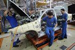 İranda avtomobil istehsalı. Arxiv şəkli