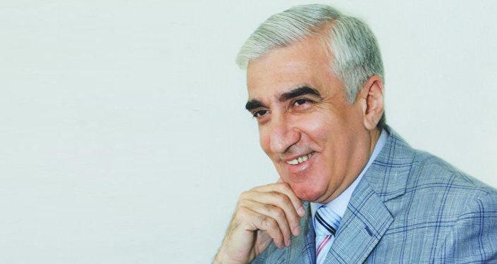 İlham Namiq Kamal, xalq artisti