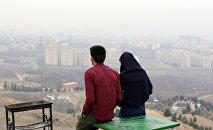 Молодая пара из Ирана. Архивное фото